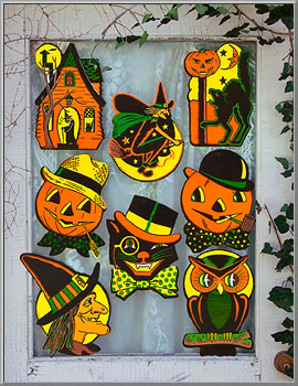 Classic American Halloween cutouts, 2 sets of 4 images with different designs